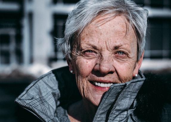 casting attrice anziana